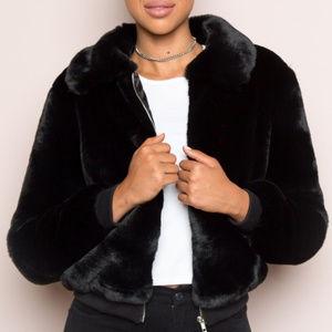 Brandy Melville John Galt Georgina faux fur jacket